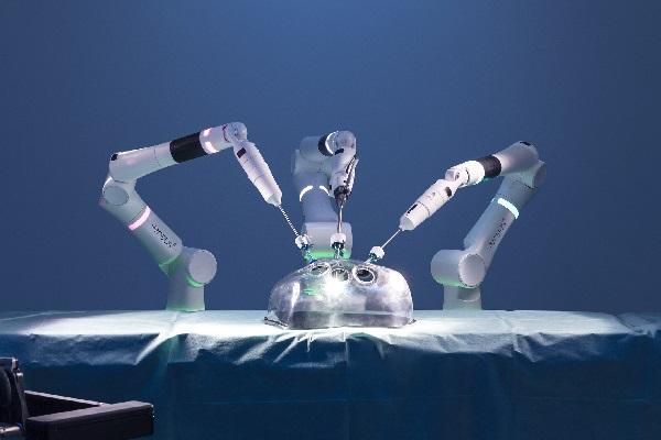 CMR Surgical Robot